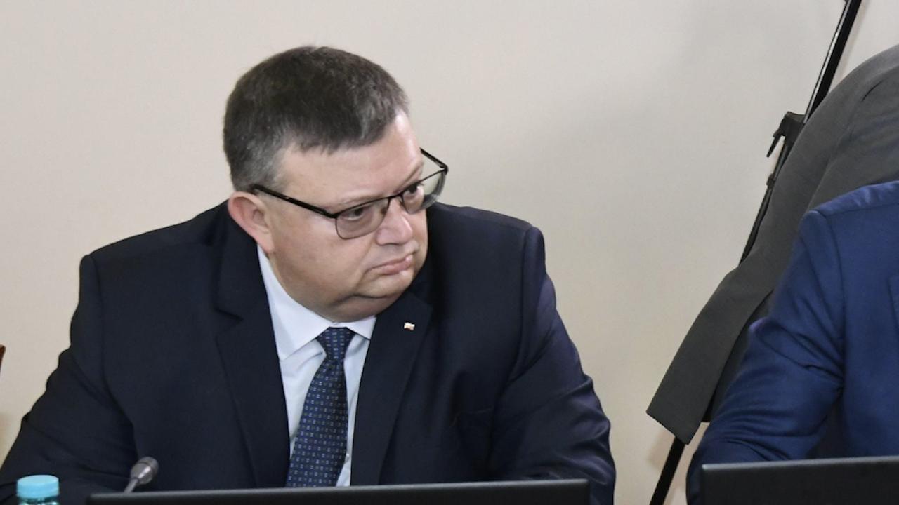 Цацаров отговори на Рашков за проверката на недекларирани имоти