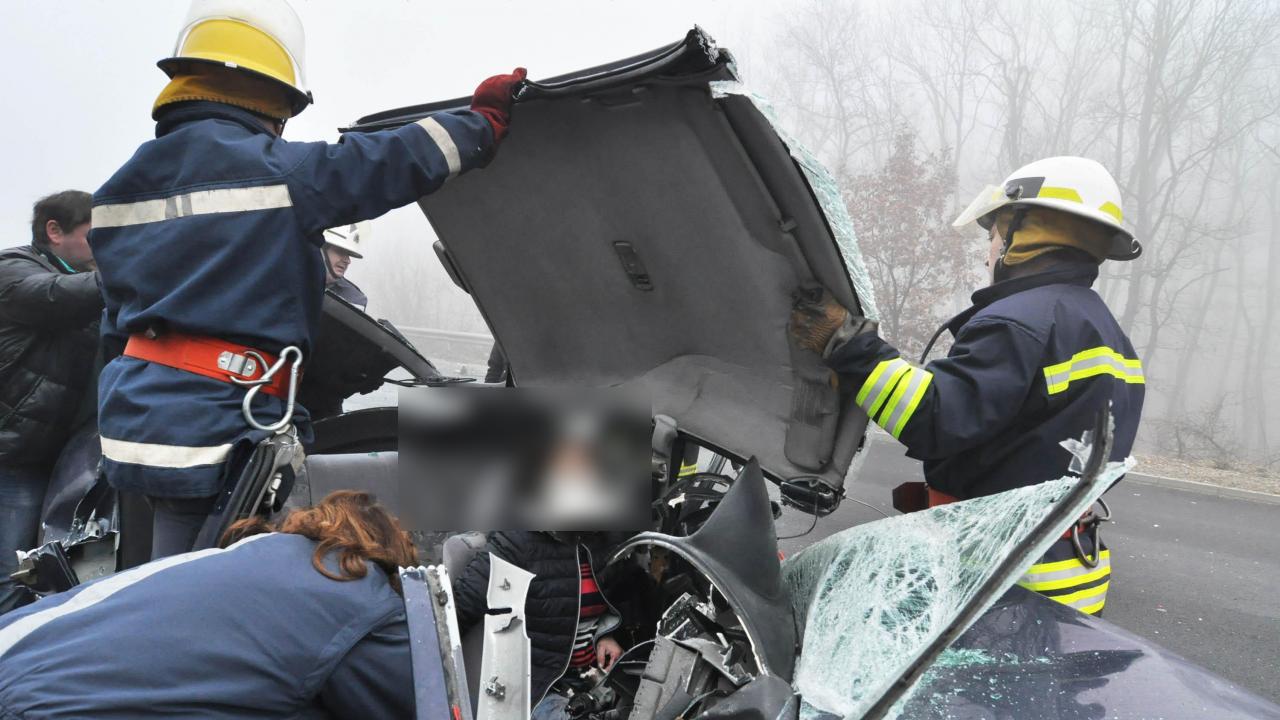 Вадиха шофьор от колата му след катастрофа
