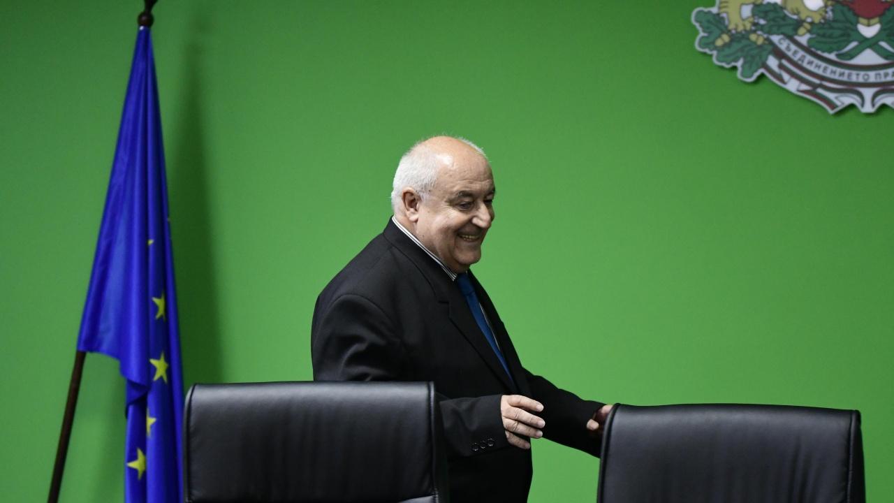 Личев уволни директорката на РИОСВ-Бургас, предупреди и другите шефове
