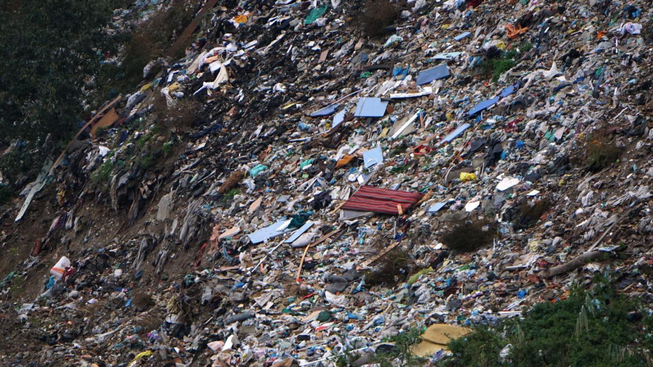 """ВАП сезира служебния екоминистър и кмета на София да осъществят контрол на дейността на депо за отпадъци """"Враждебна"""""""