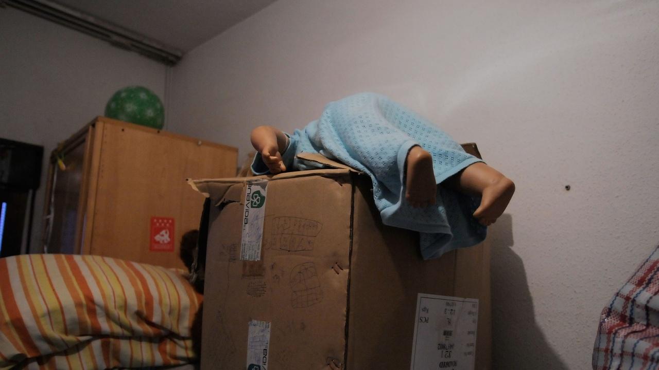 Многодетна майка трябва да напусне ведомственото си жилище