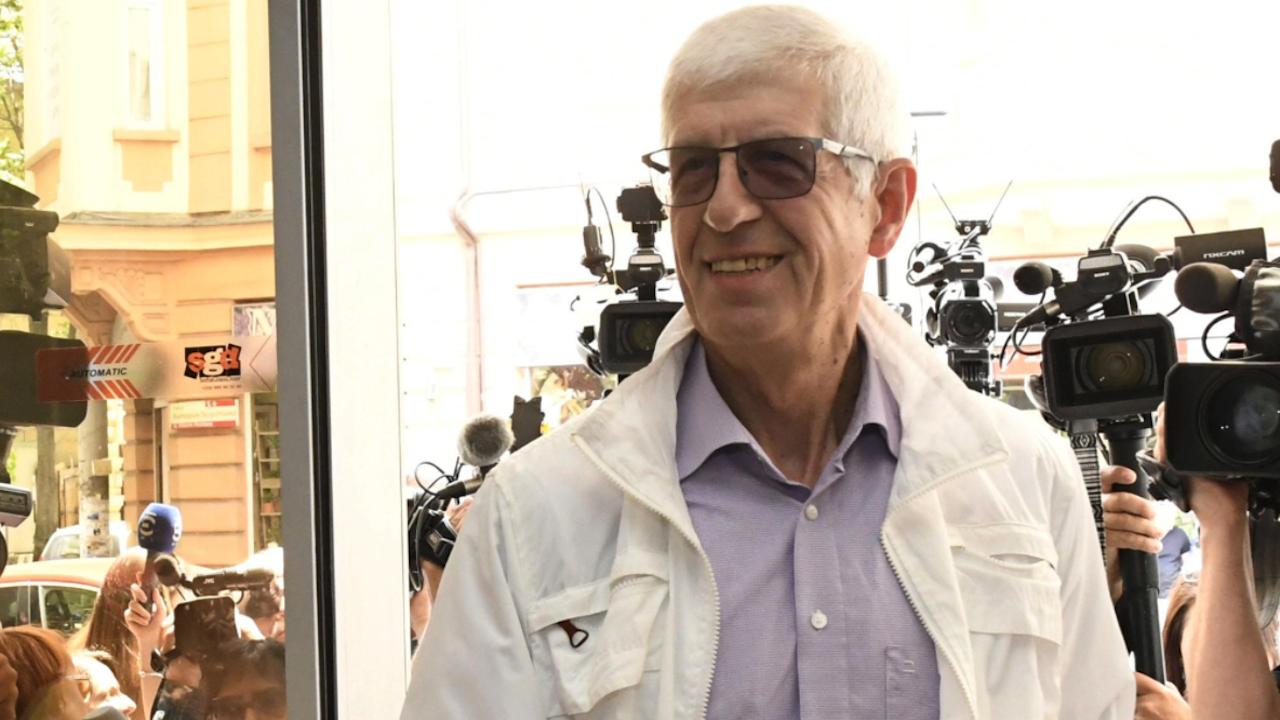Румен Овчаров бе признат за виновен в умишлена безстопанственост и на втора инстанция