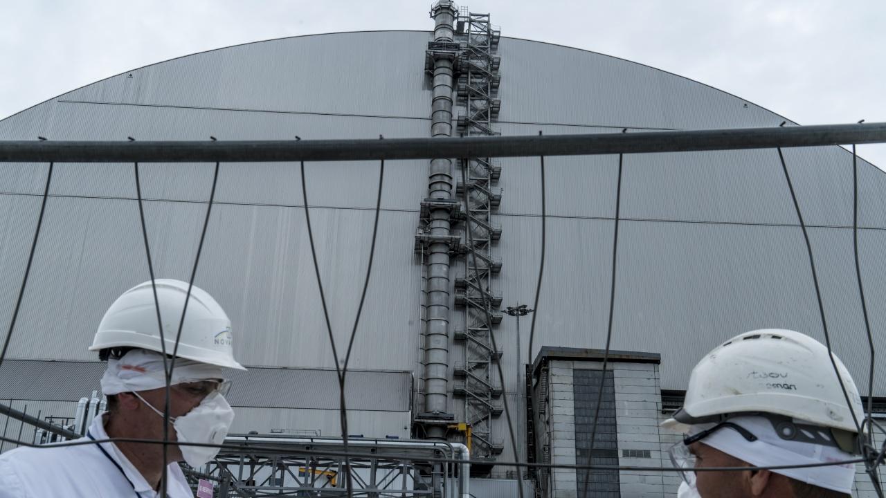Япония отново пусна в действие над 40-годишен ядрен реактор