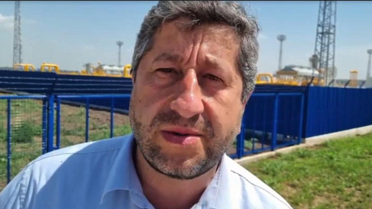 Христо Иванов: Служебното правителство да не заобикаля на пръсти Доган