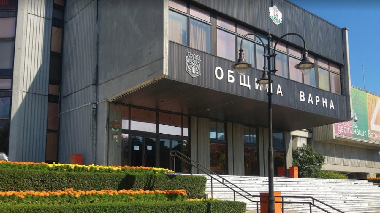 ДАНС проверява община Варна заради боклука