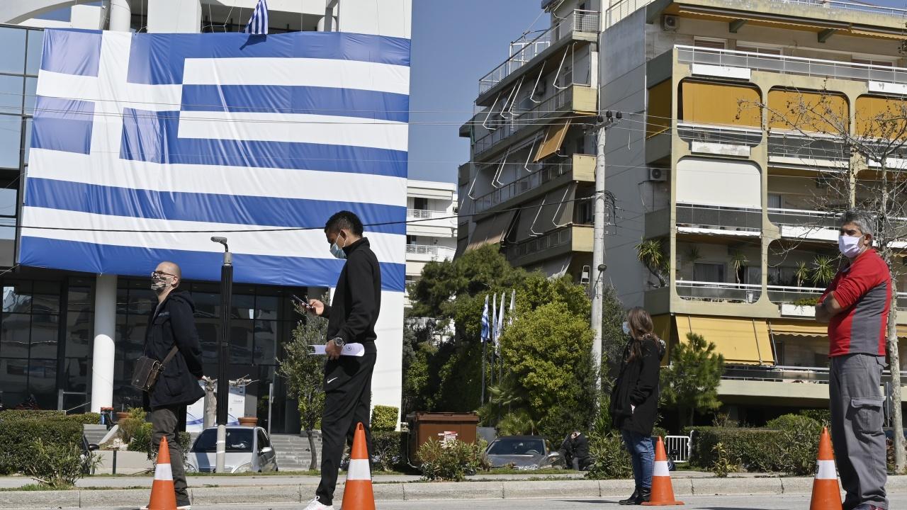 Гърция облекчава още противоепидемичните мерки
