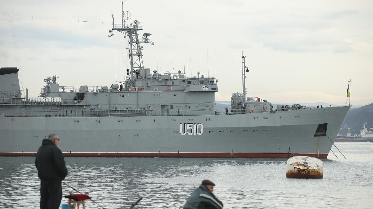 """""""Таймс"""": Великобритания предупреди Русия, че ще продължи да плава в Черно море"""