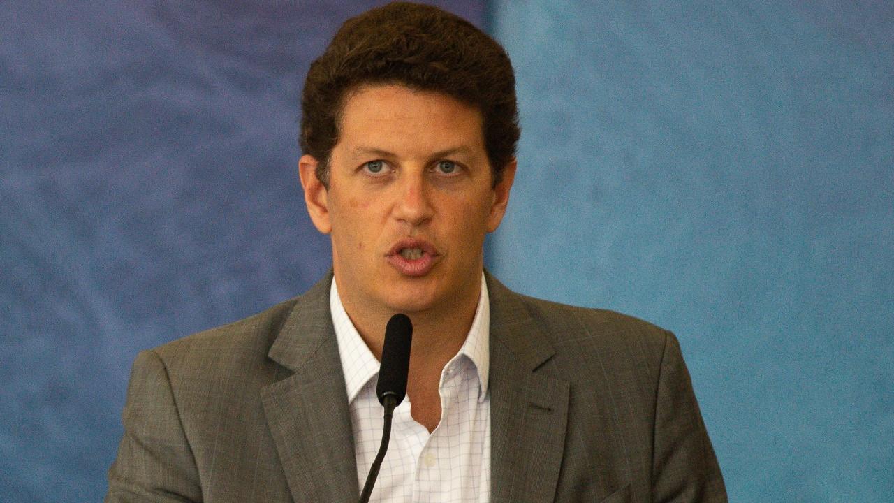 Бразилският министър на околната среда подаде оставка