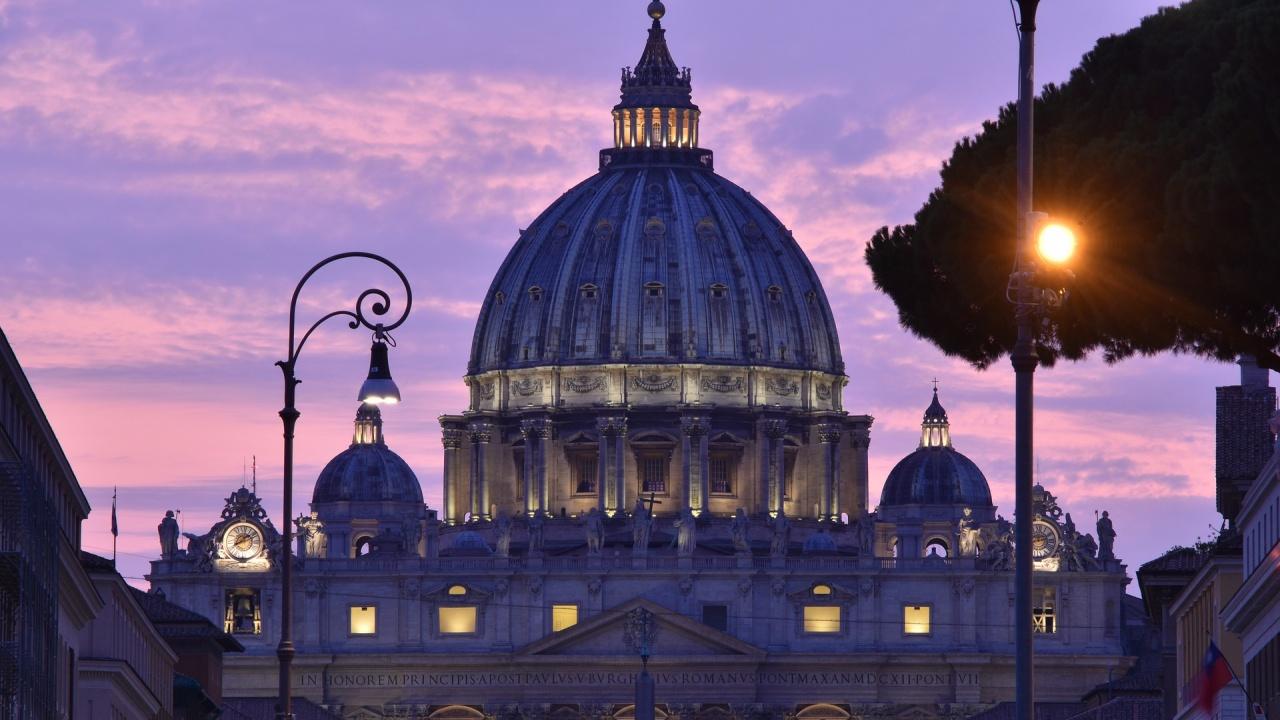 Полша поиска от Ватикана данни за сексуалните посегателства на свещеници срещу деца