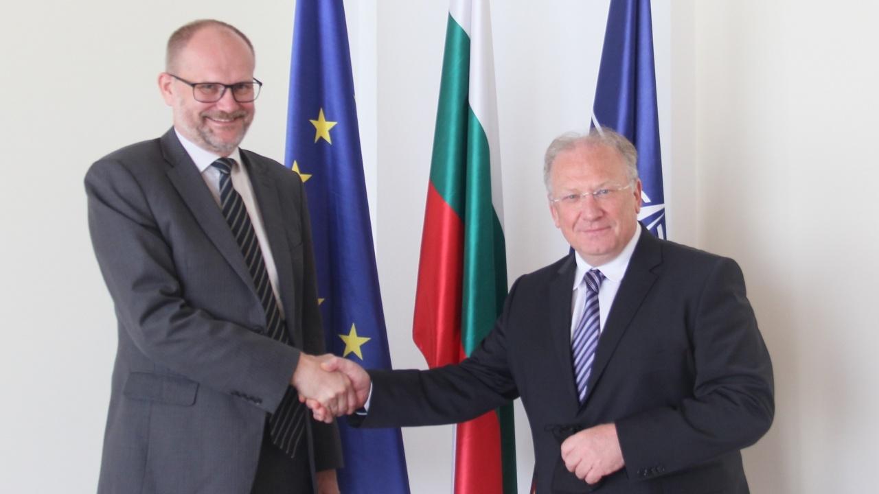 Министър Светлан Стоев прие посланика на Дания Сьорен Якобсен