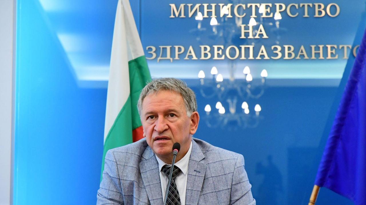 Служебният министър Стойчо Кацаров обяви при какви условия ще остане здравен министър и в редовен кабинет