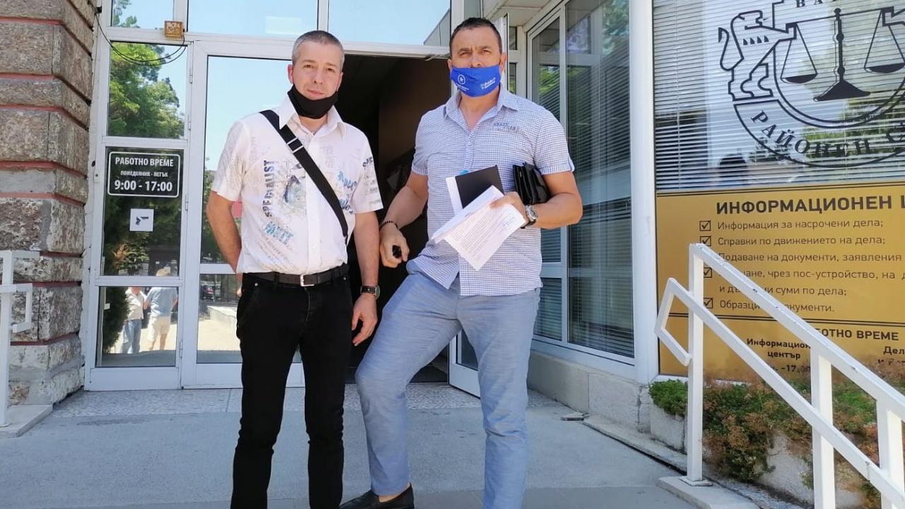 Водачът на Републиканци за България Панайот Кискинов внесе жалба за клевета в Районна прокуратура - Варна срещу местен журналист