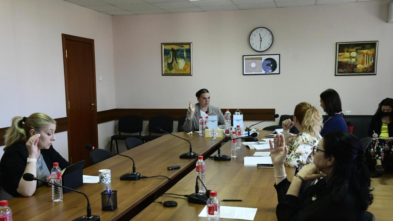 """СЕМ обвинява министъра на културата проф. Минеков в """"неверни"""" твърдения"""