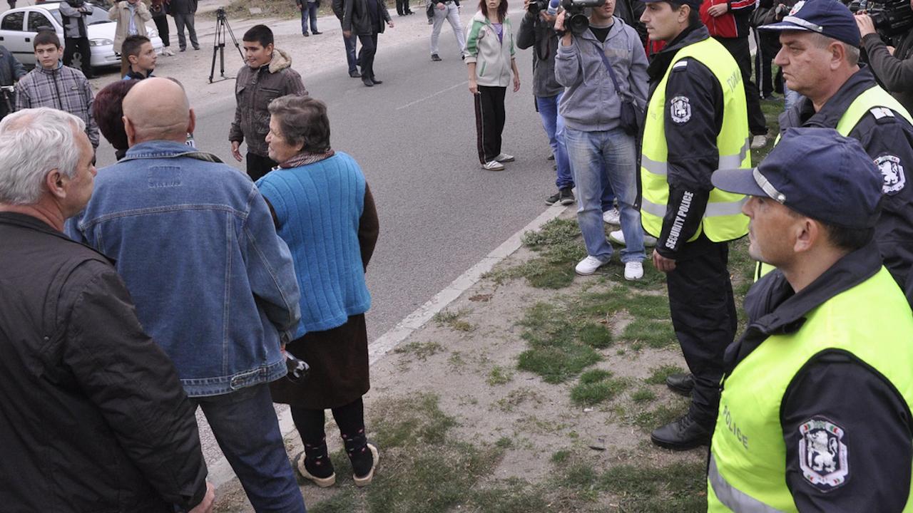 Протест срещу безводието в Брестовица блокира Околовръстното на Пловдив