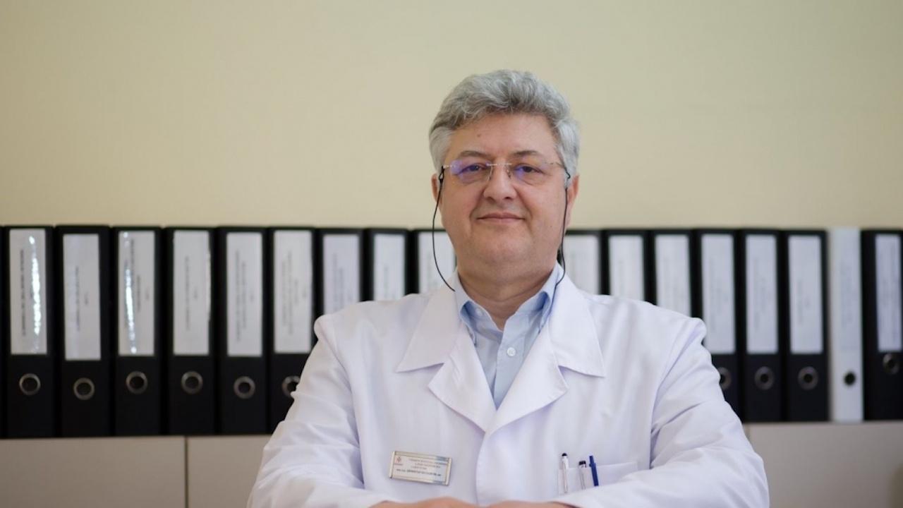"""КПКОНПИ разследва проф. Буланов от """"Александровска"""" за конфликт на интереси"""