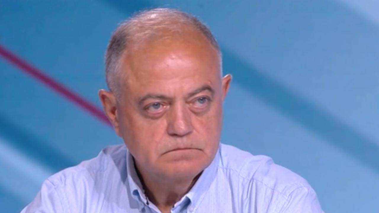 Ген. Атанасов: Борисов си отива, подскача като баскетболна топка из страната