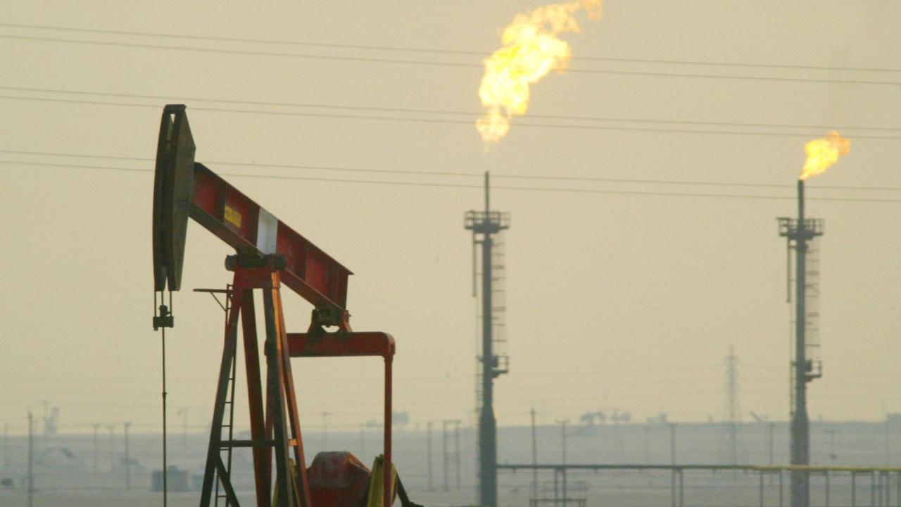 ОПЕК+ ОАЕ и Мексико не са подкрепили продължаването на сделката за съкращаване на добива на петрол