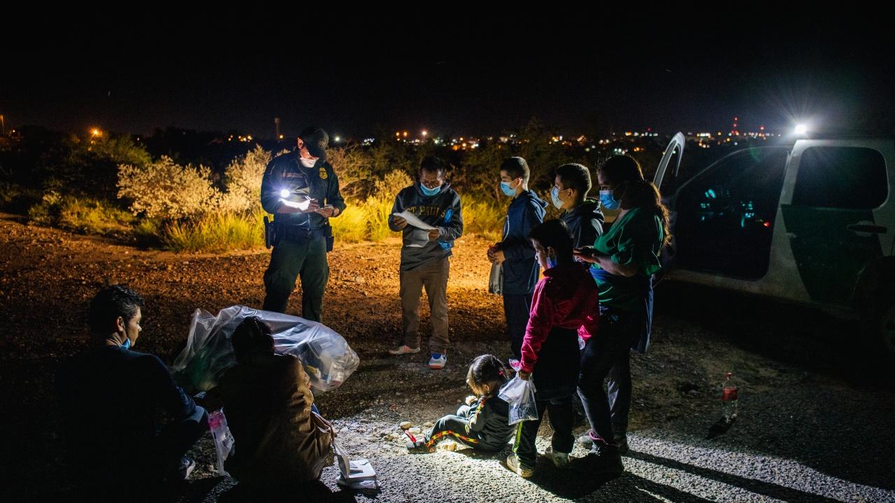 Литва обяви извънредно положение заради мигранти