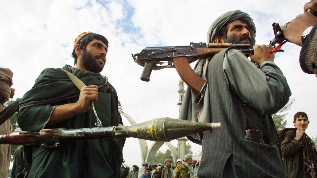Талибаните превзеха ключови окръзи в афганистанските провинции Кандахар и Бадахшан