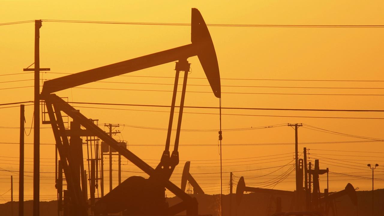 ОАЕ предложиха да бъде отложено решението за продължаване на споразумението на ОПЕК+