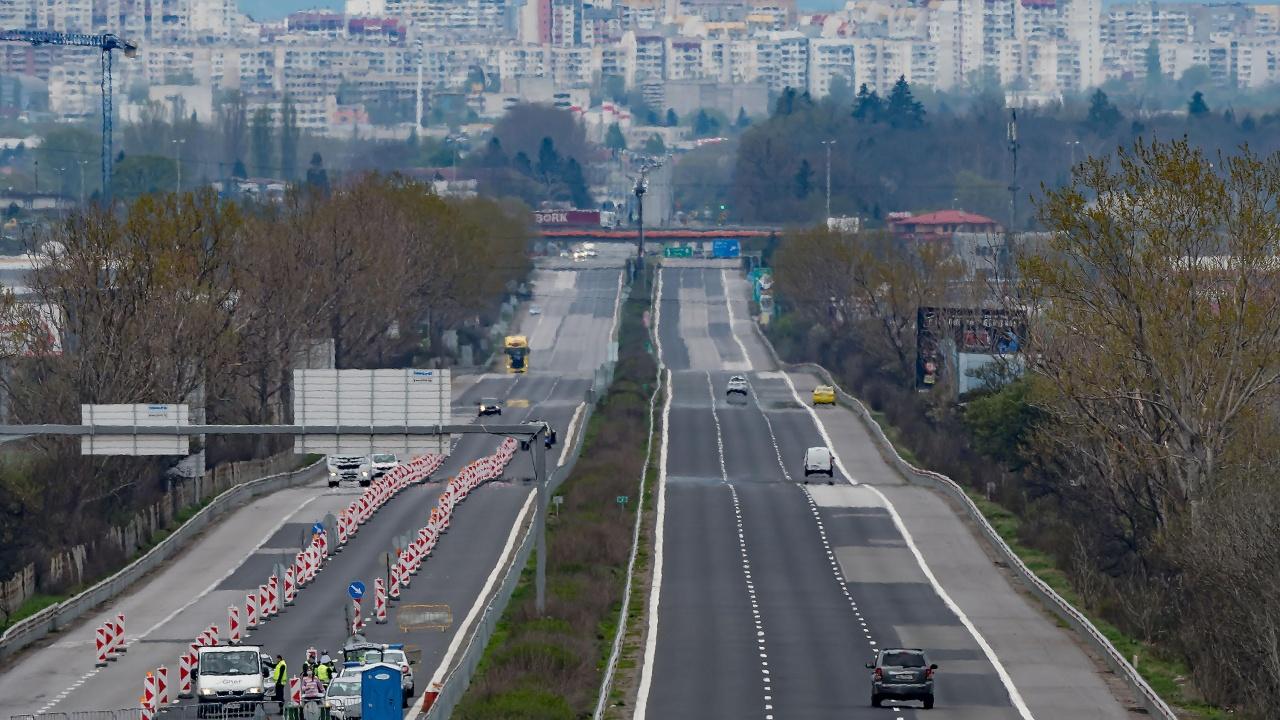 Камарата на строителите скочи на МРРБ за магистралите