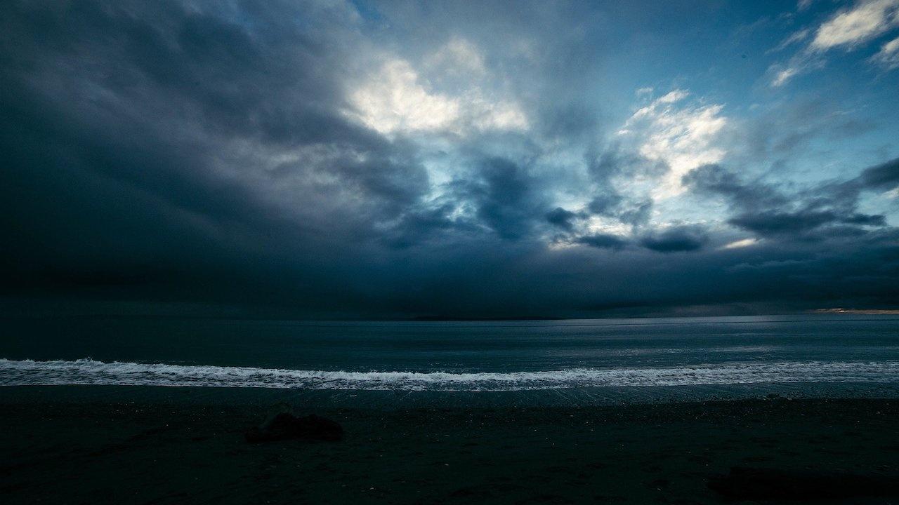 Мощно торнадо се разрази край бреговете на Южна Турция