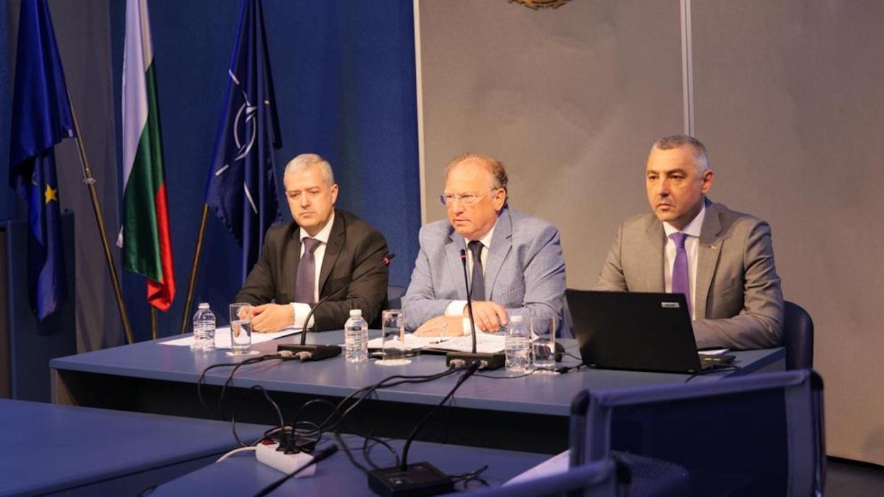 Светлан Стоев:  За изборите на 11 юли зад граница МВнР върши  два пъти повече работа при същите срокове и човешки ресурс