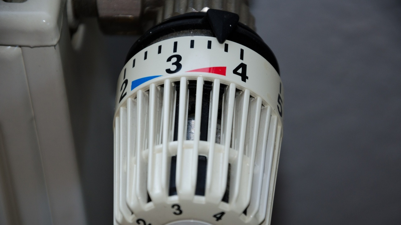 ВАП: КЕВР да промени определянето на цената на парното и да обясни за тока