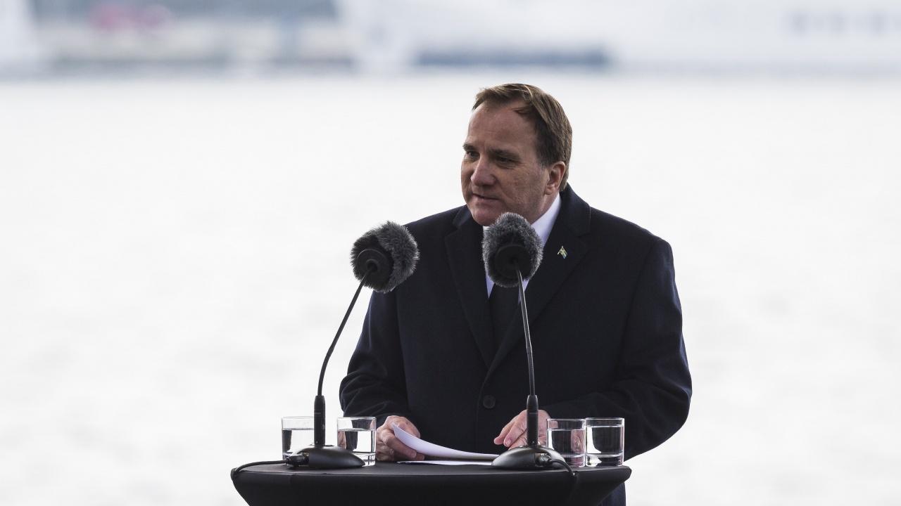 Помолиха Льовен да се завърне на поста си като премиер на Швеция