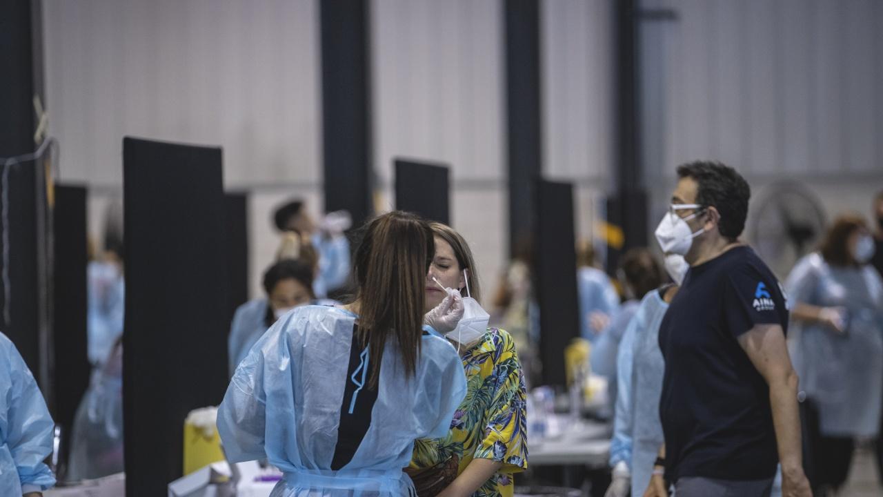Каталуния отново въвежда мерки за борба с разпространението на коронавируса