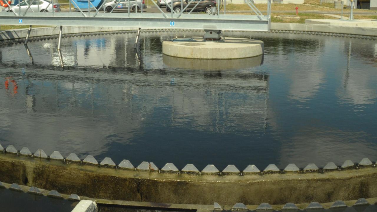 Глобиха ВиК-дружествата в Хасково и Кърджали за липса на пречиствателни съоръжения в 4 населени места