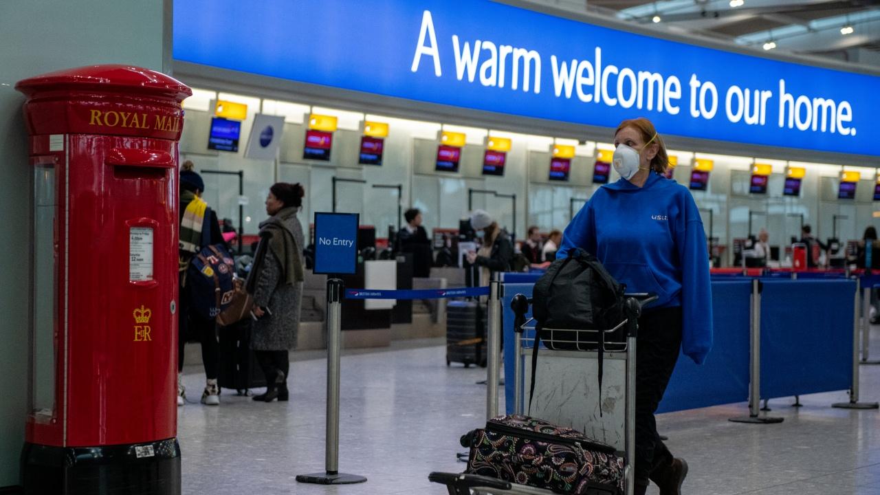 """Бързи коридори на летище """"Хийтроу"""" за ваксинирани пътници"""