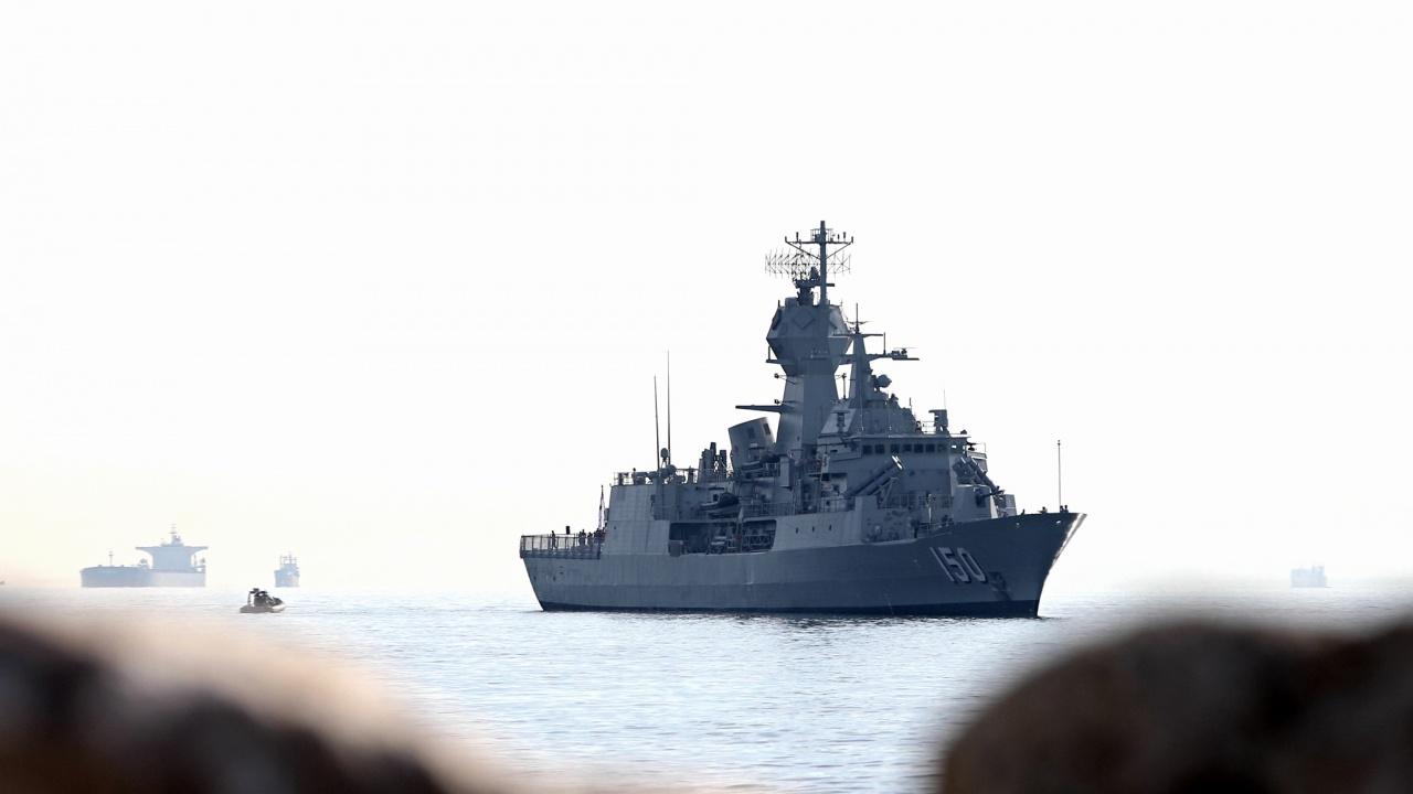 Испански военен кораб навлезе в Черно море и веднага прикова вниманието на Русия