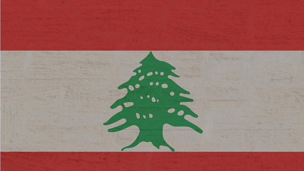"""Ливанският премиер моли света за помощ и предупреждава, че страната му върви към """"социален взрив"""""""