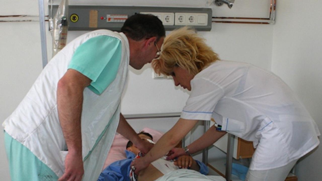 """Министерството на здравеопазването предлага специалността """"Медицинска сестра"""" да бъде определена за защитена"""