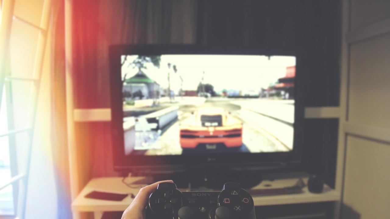 Китай забрани на децата да играят видеоигри през нощта