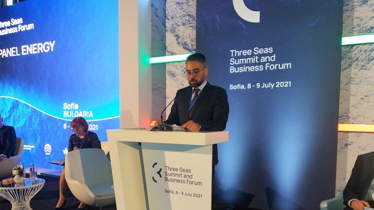 Министър Живков: Енергийният сектор ще има ключова роля в прехода към безвъглеродна икономика