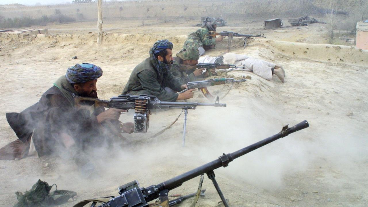 Талибаните превзеха ключов граничен пункт на Афганистан с Иран