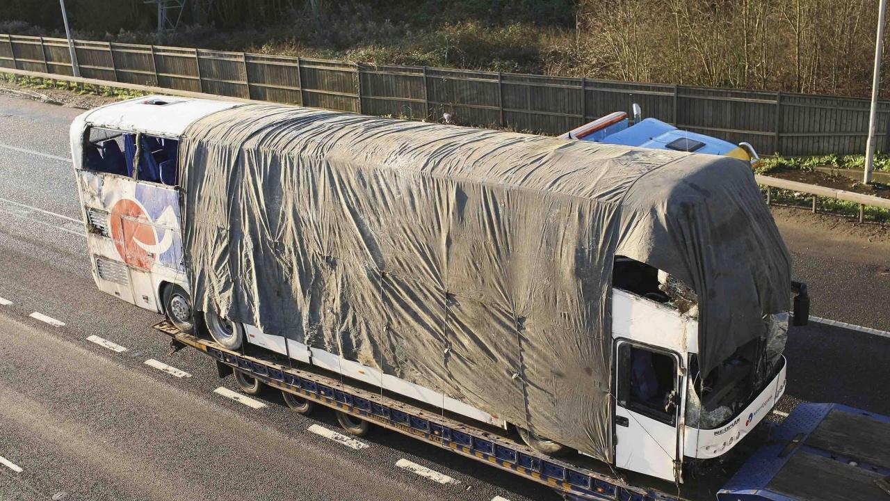 Автобусна катастрофа взе десетки животи в Алжир
