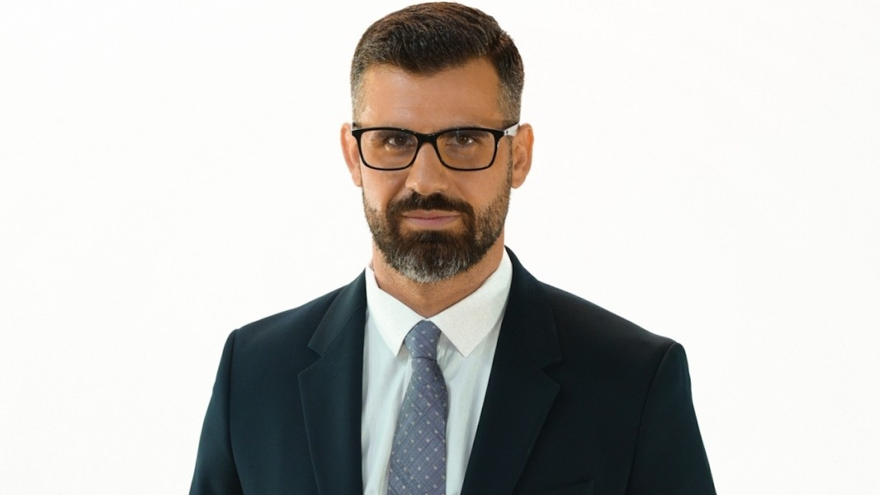 """Кузман Илиев гласува, от """"Българските патриоти"""" наблюдават под лупа вота от Турция"""
