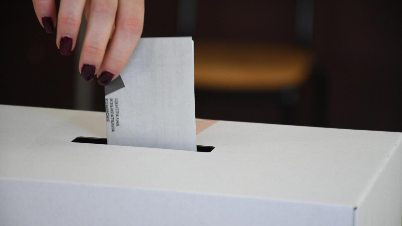 17 РИК прекрати гласуването с машина в СИК в Стамболийски заради софтуерен проблем