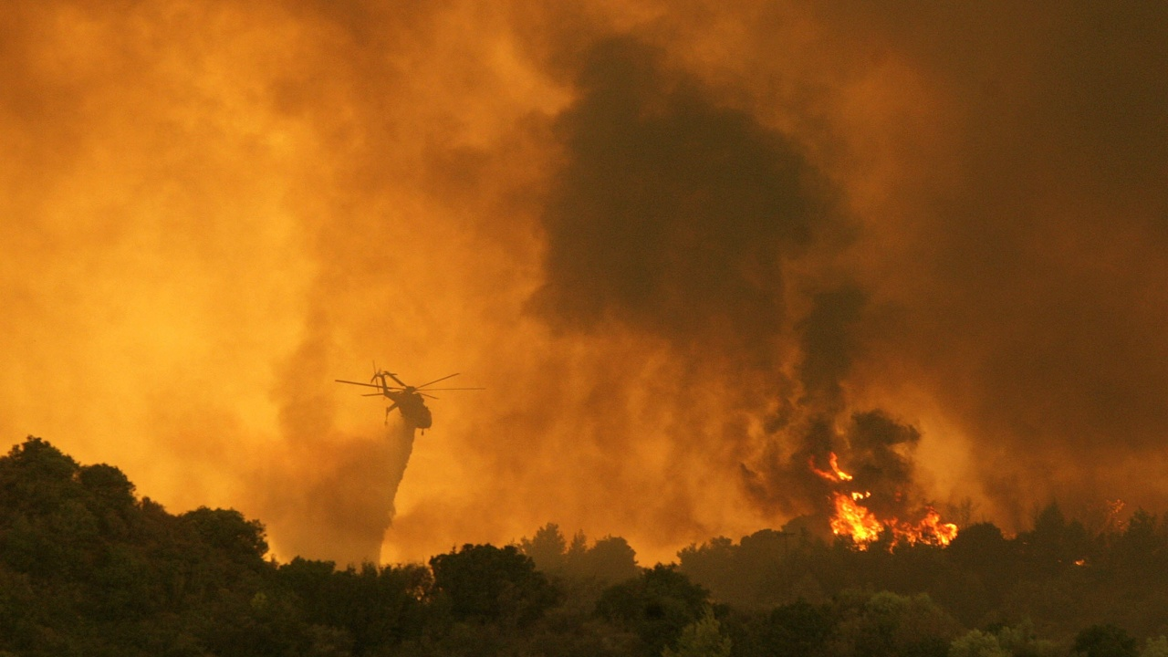 Пожари обхванаха Гърция