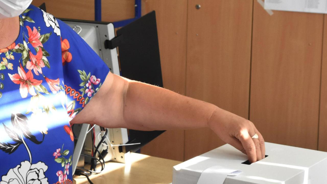 В Пловдивско ще се извърши контролно преброяване на разписките от машинния вот в 63 секции