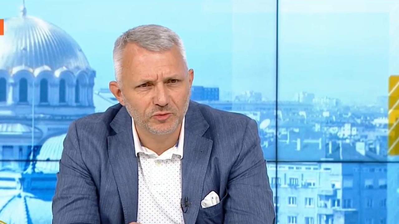 """Хаджигенов: Формулата е """"всички срещу ГЕРБ"""", ако се договаряме с ДПС ще е по невиждан начин"""