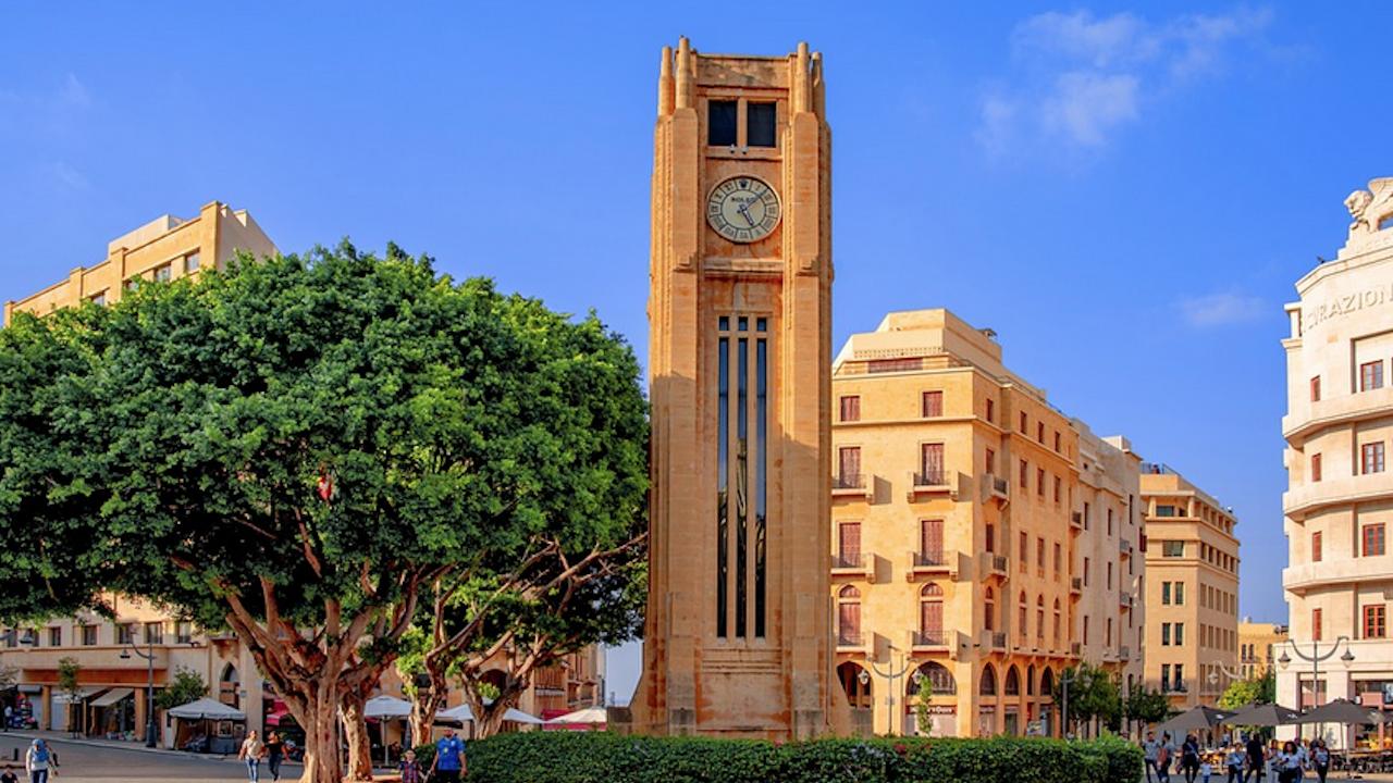 Франция каза, че ЕС се е споразумял за санкции срещу лидерите на Ливан