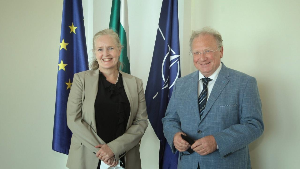 Министър Светлан Стоев прие посланика на Швеция
