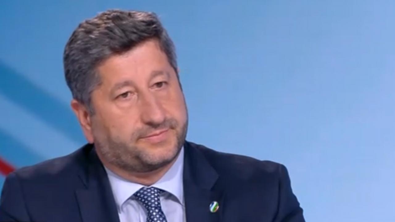 Христо Иванов с призив към ИТН: Моля, вразумете се! Да не сменяме джипката с кабеларка