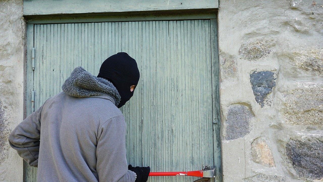 Жители на села около Поморие и Несебър се оплакват от серийни кражби