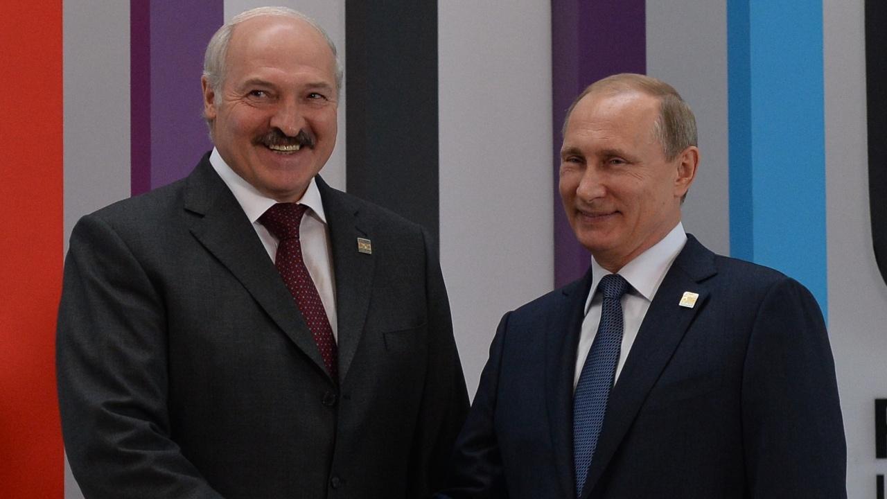 Путин и Лукашенко обсъдиха подкрепа за икономиката  на Беларус на фона на западните санкции