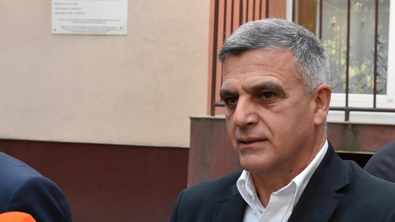 Стефан Янев: Далечна и почти невъзможна хипотеза е да остана премиер